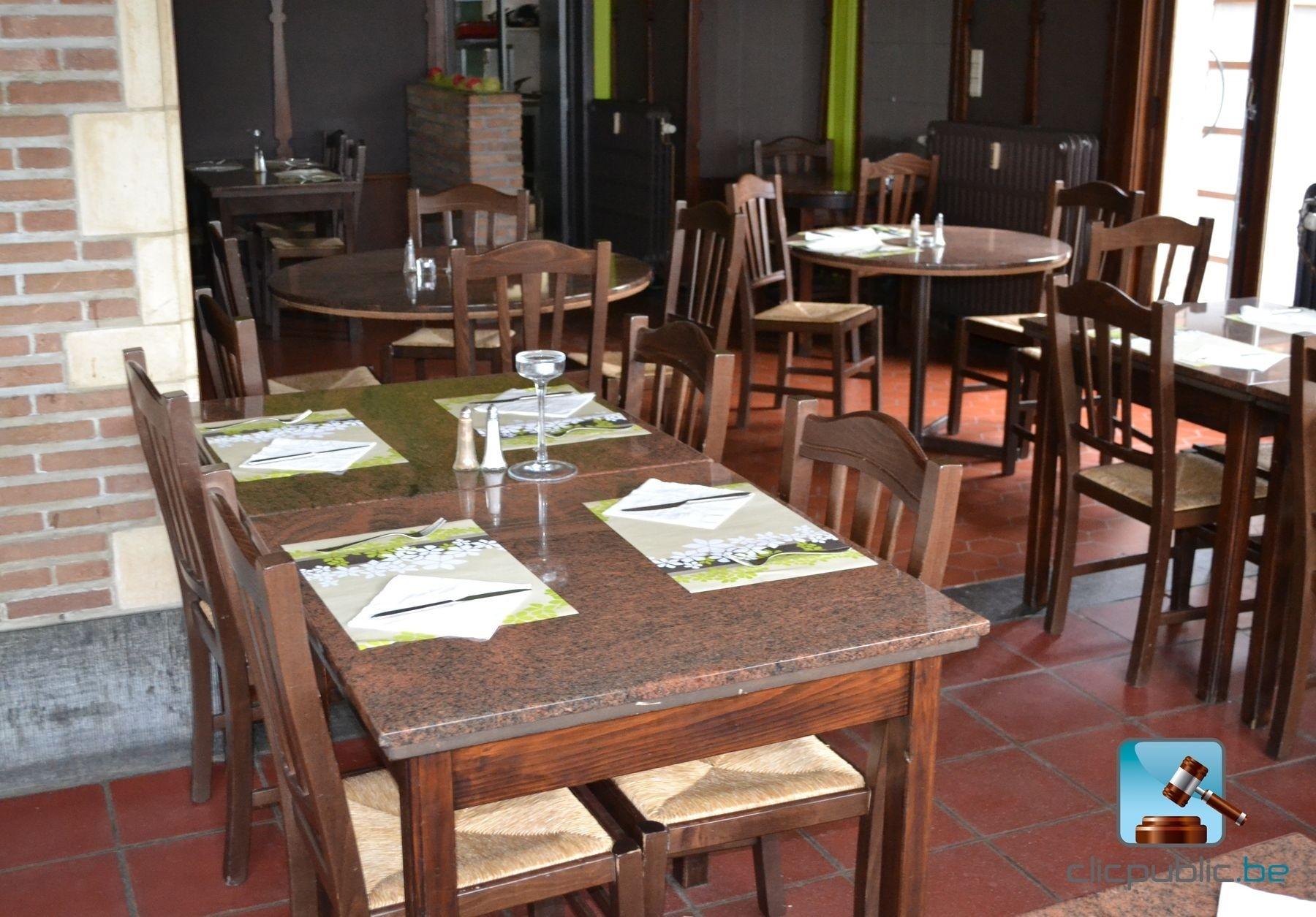 Mobilier de salle ref 1 vendre sur for Mobilier salle a diner