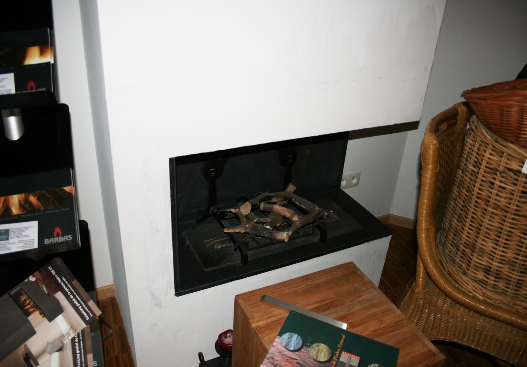 clicpublic. Black Bedroom Furniture Sets. Home Design Ideas