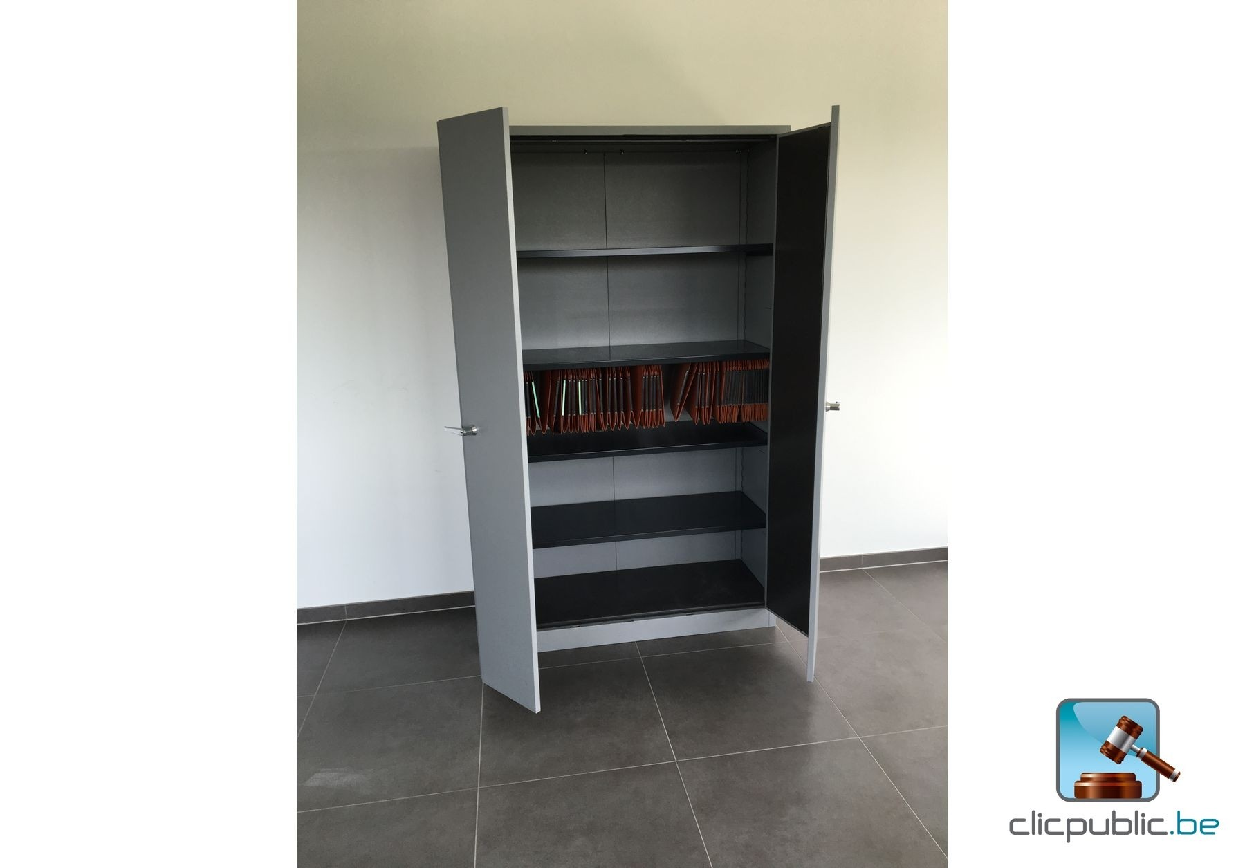 mat riel informatique mobilier de bureau ref 27 vendre sur. Black Bedroom Furniture Sets. Home Design Ideas
