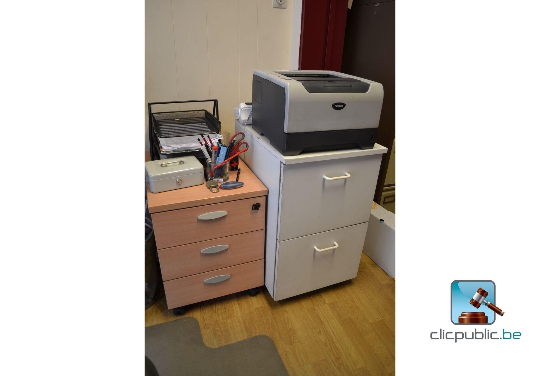 mobilier de bureau et mat riel informatique ref 16 vendre sur. Black Bedroom Furniture Sets. Home Design Ideas