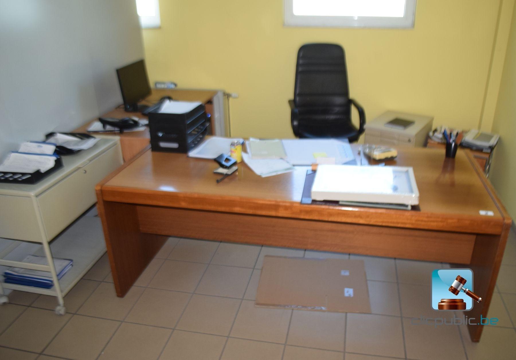 Mobilier de bureau vendre sur - Mobilier de bureau informatique ...