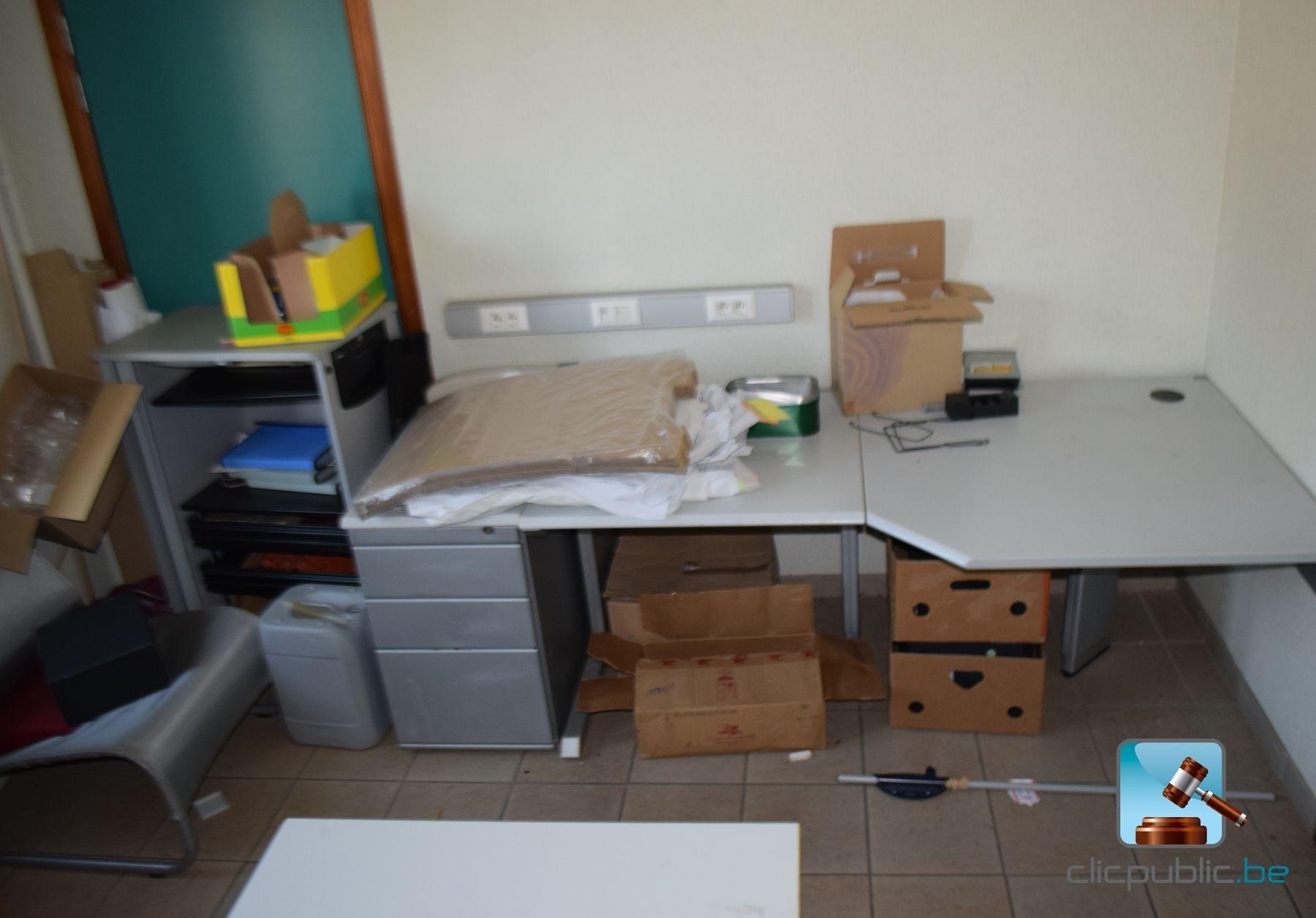 Mobilier de bureau et accessoire ref 3 for Mobilier bureau 44