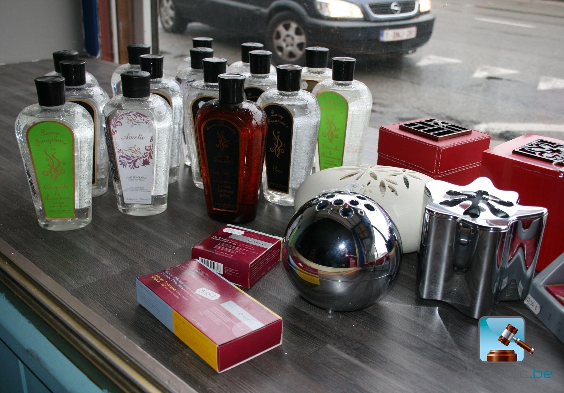 diffuseurs de parfums easycent lectriques et huiles de. Black Bedroom Furniture Sets. Home Design Ideas