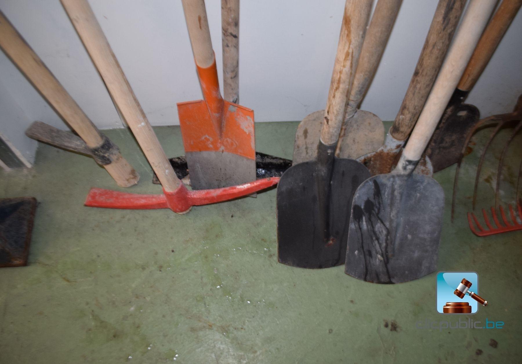 Mat riel de jardinage ref 29 vendre sur for Materiel jardinage