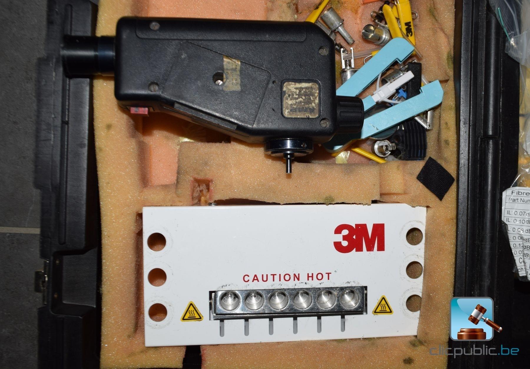 Kit de raccordement de fibre optique AMP OPTIMATE P/N 502970-2 (ref ...