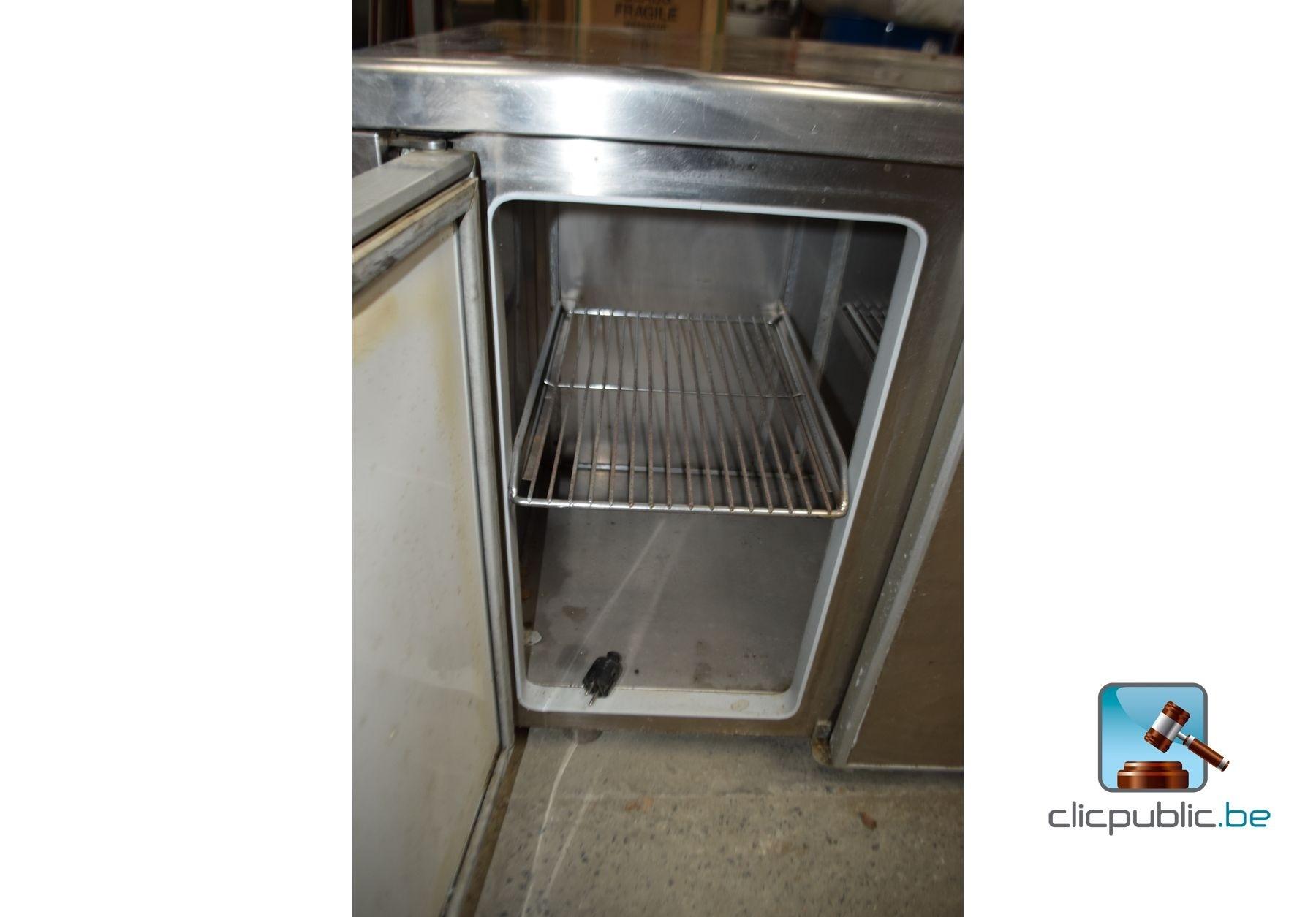 frigo bar 3 portes ref 22 vendre sur. Black Bedroom Furniture Sets. Home Design Ideas