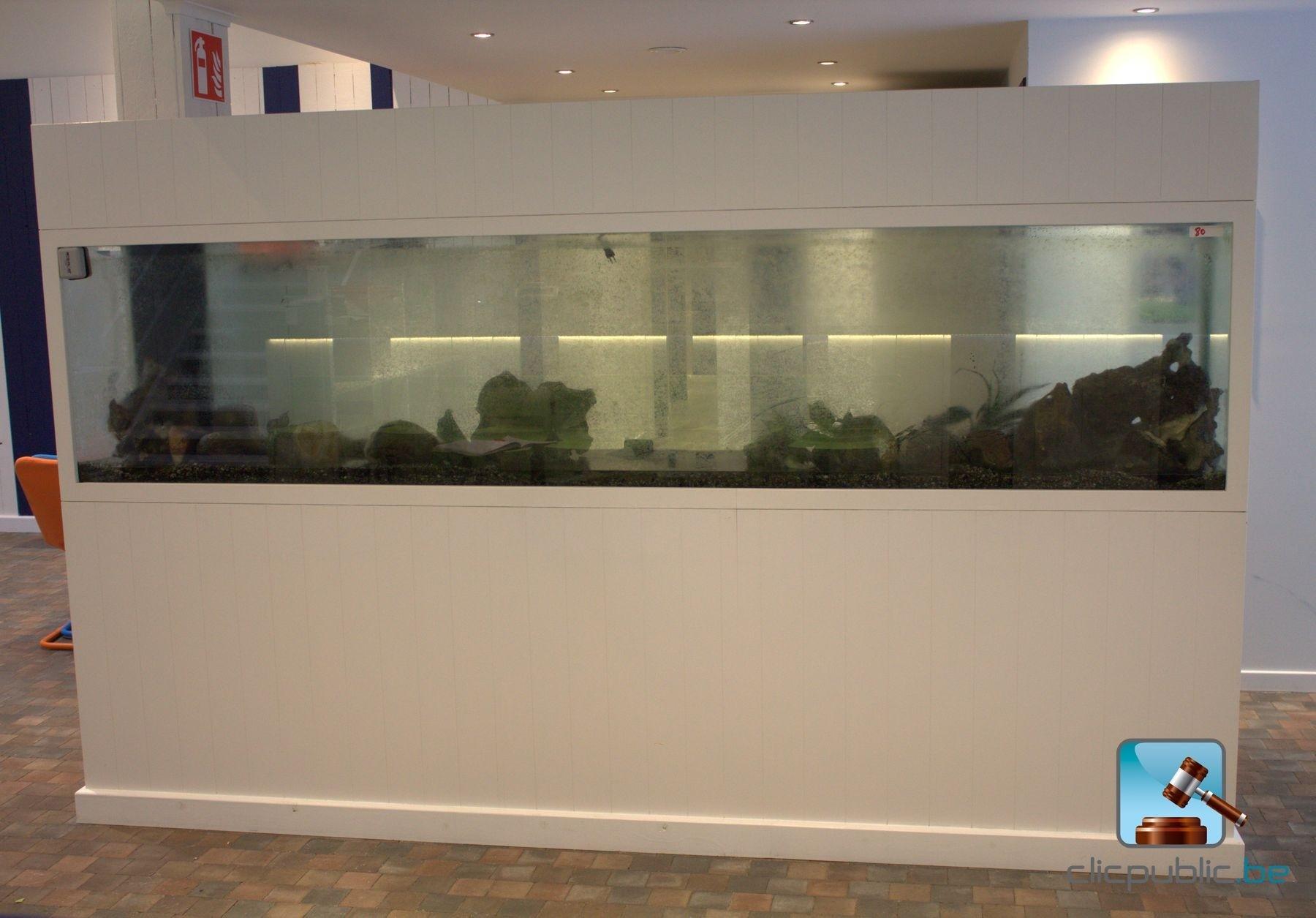 Aquarium ref 80 vendre sur for Vente aquarium en ligne