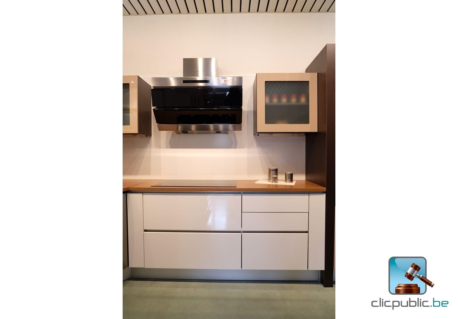 Cuisine Wenge Et Blanc : Cuisine équipée design en hêtre finition stratifié wengé