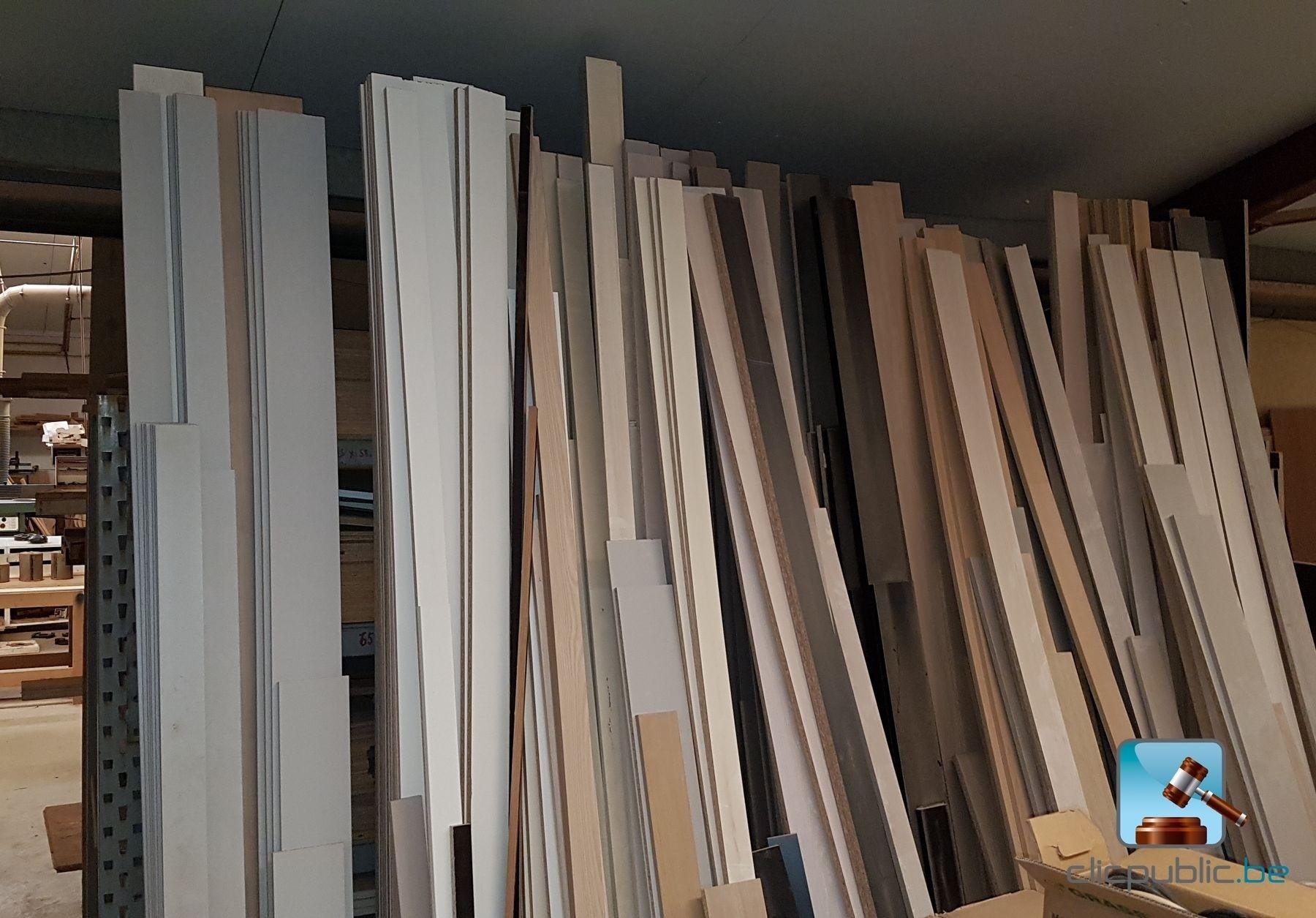 Chute De Bois A Vendre - Bois Important lot de panneaux de bois de format standart et hors format + grandes chutes de