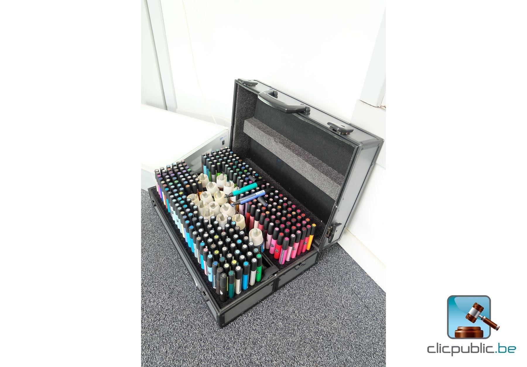 Mat riel de bureau table lumineuse et marqueurs ref 63 for Vente materiel bureau