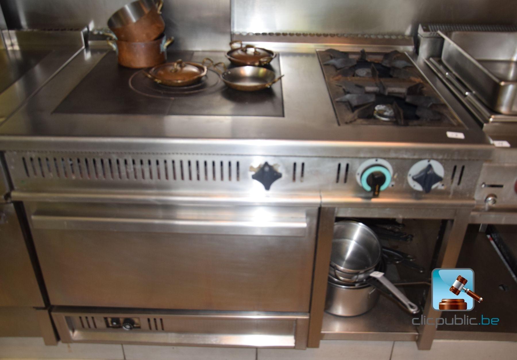 cuisini re au gaz professionnelle la fran aise de cuisson. Black Bedroom Furniture Sets. Home Design Ideas