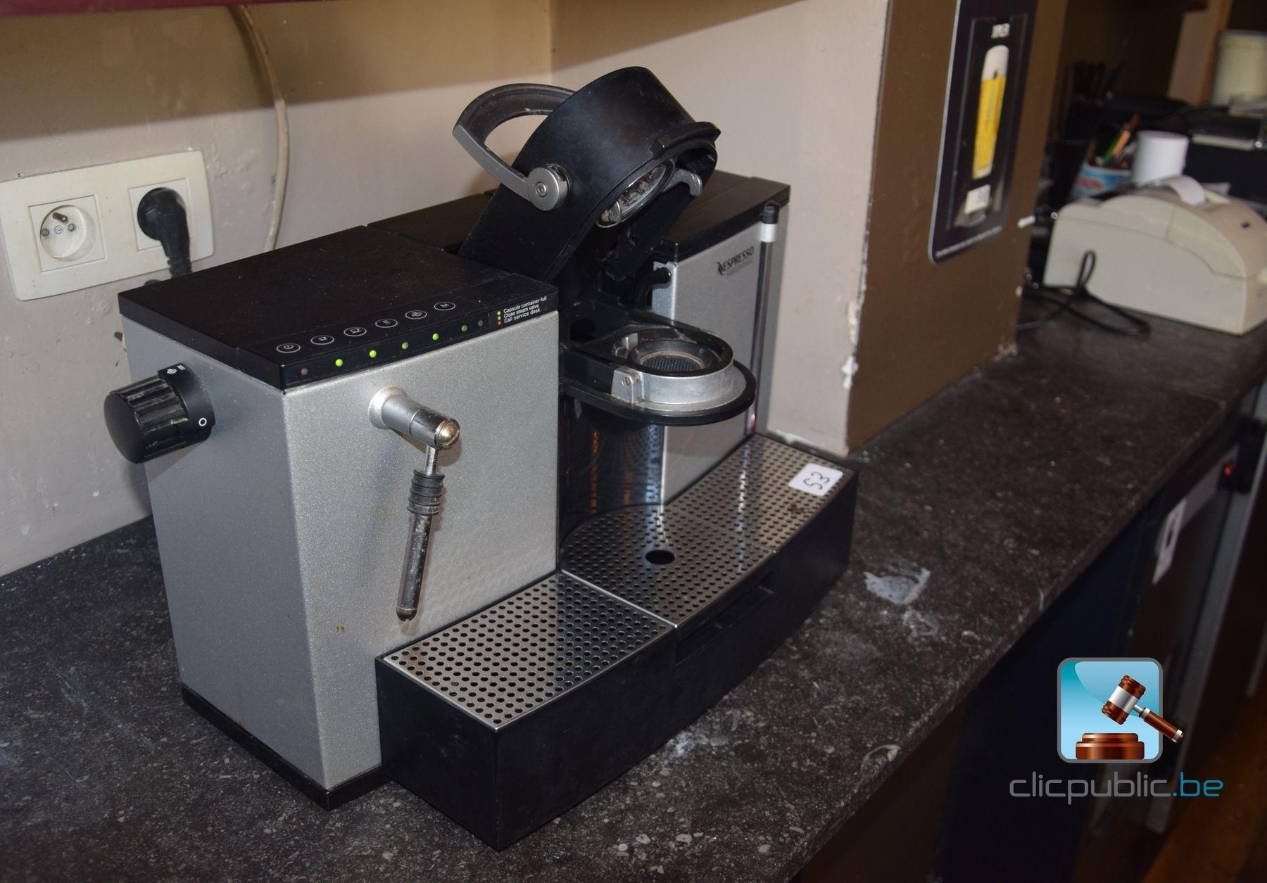 machine caf professionnelle nespresso 758 ref 53. Black Bedroom Furniture Sets. Home Design Ideas
