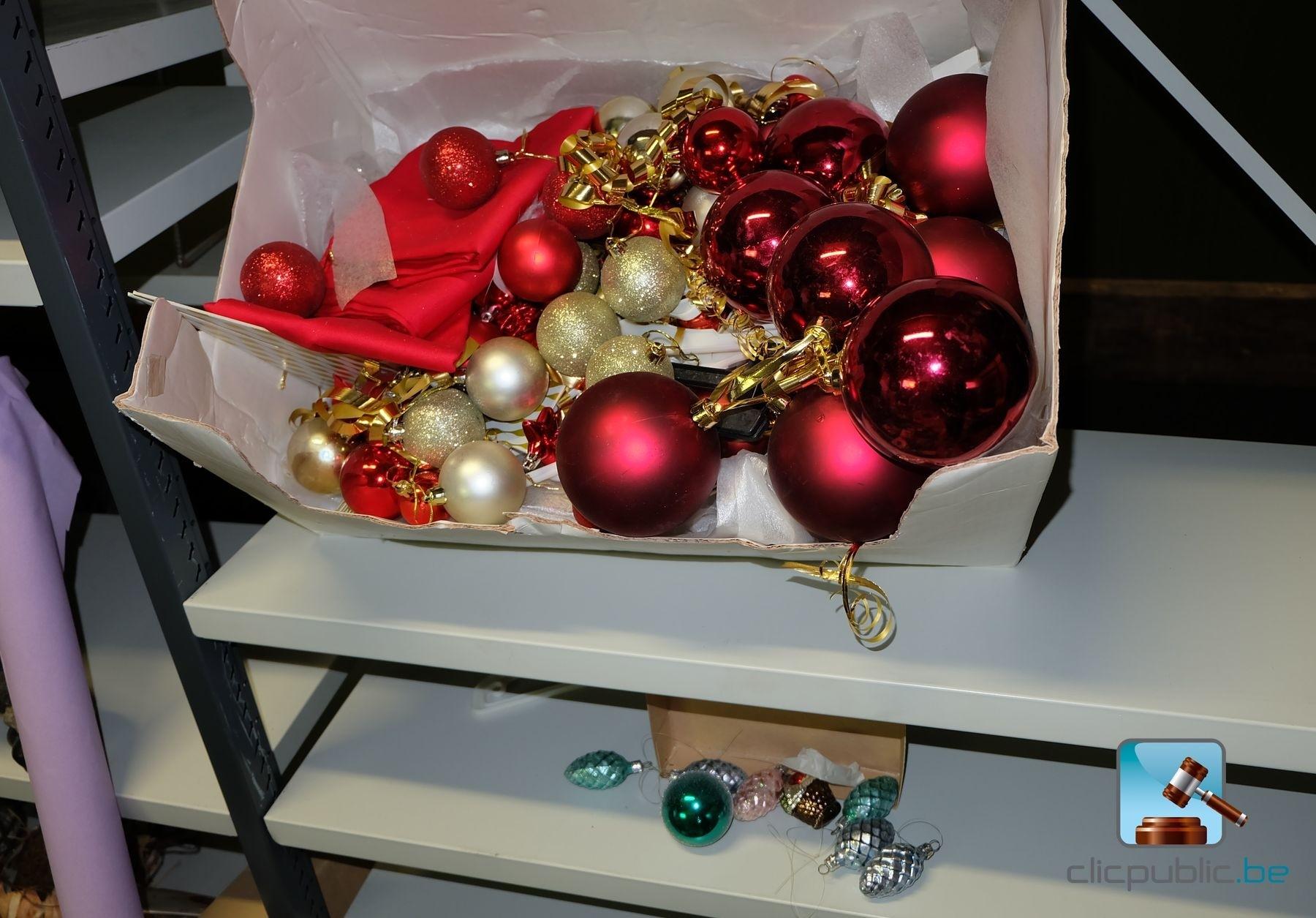 #B21924 Décorations De Noël (ref. 27) à Vendre Sur Clicpublic.be 5319 decorations de noel a vendre 1800x1255 px @ aertt.com