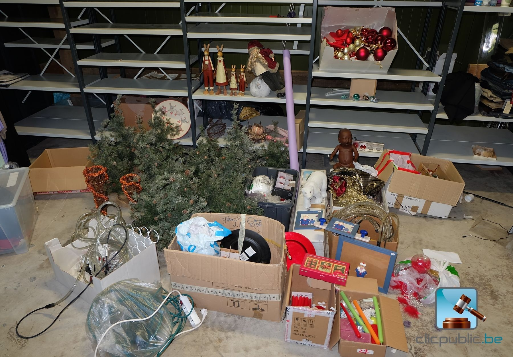 #B31825 Décorations De Noël (ref. 27) à Vendre Sur Clicpublic.be 5319 decorations de noel a vendre 1800x1255 px @ aertt.com