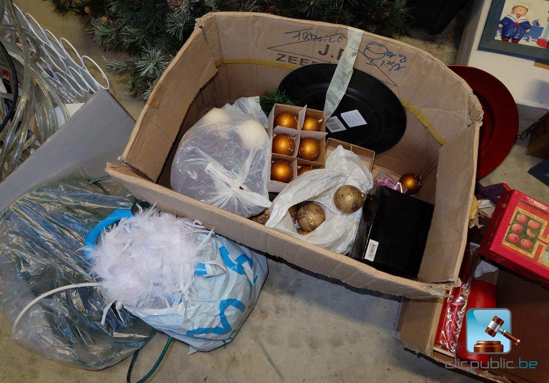 #69422F Décorations De Noël (ref. 27) à Vendre Sur Clicpublic.be 5319 decorations de noel a vendre 1800x1255 px @ aertt.com