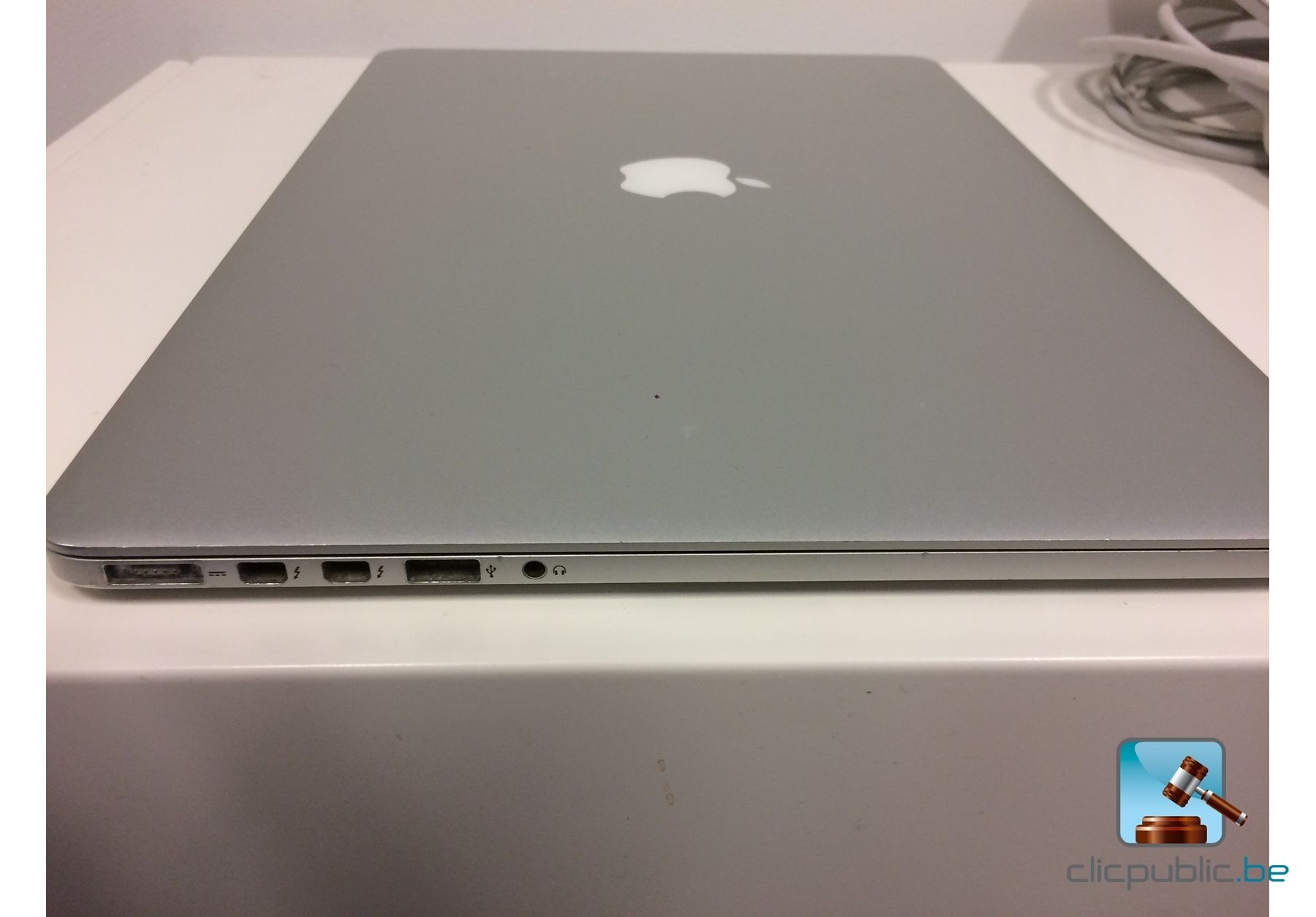ordinateur portable apple macbook pro retina mi 2012. Black Bedroom Furniture Sets. Home Design Ideas
