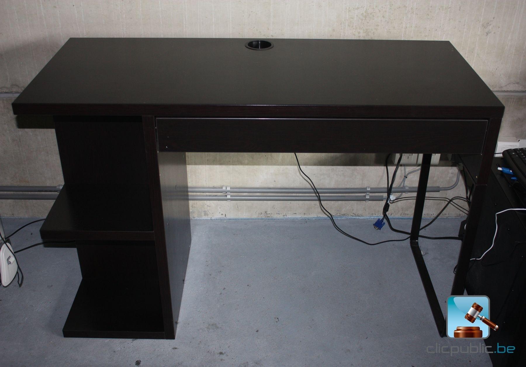 bureau micke vendre sur. Black Bedroom Furniture Sets. Home Design Ideas