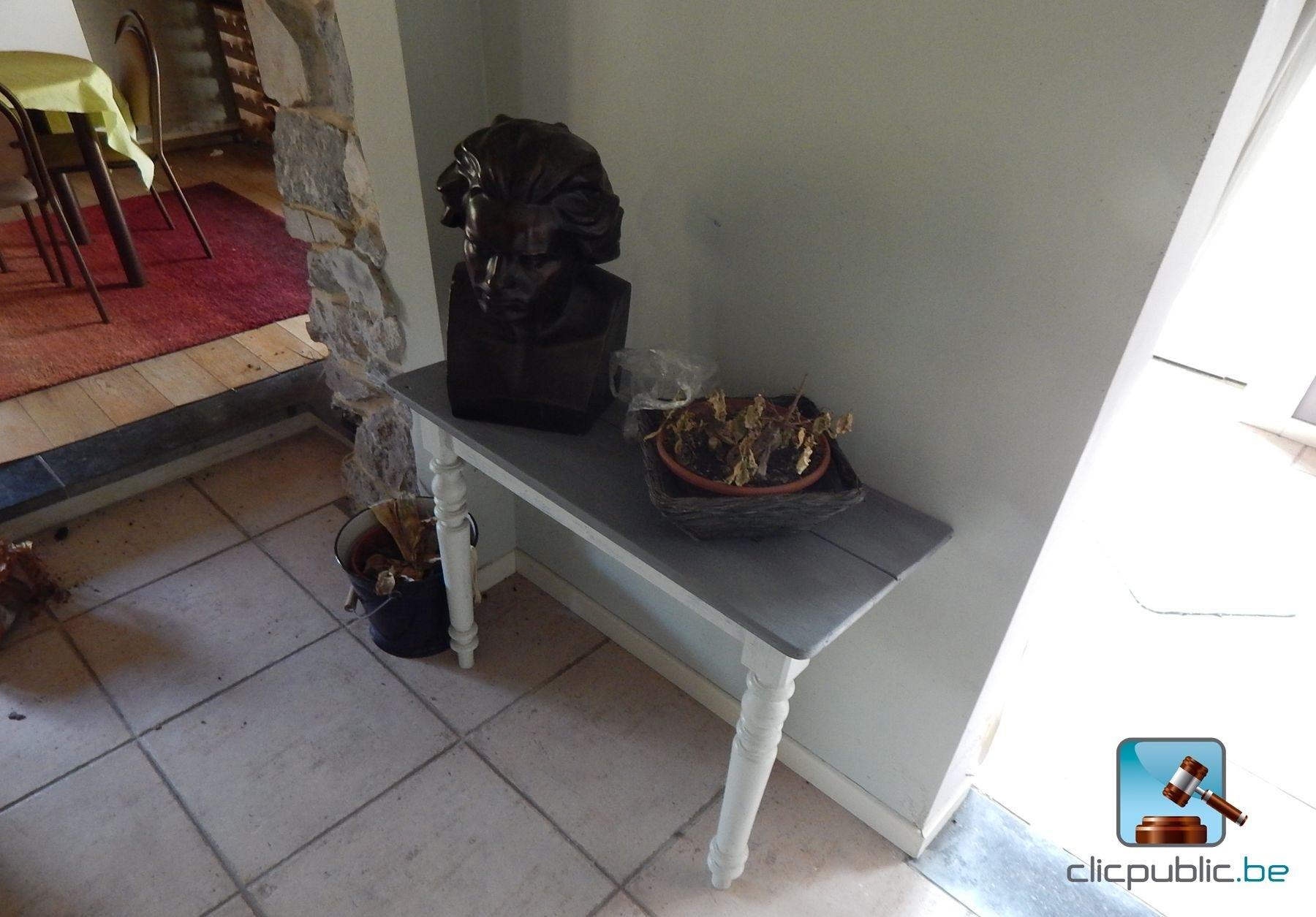 frais porte manteau buste l 39 id e d 39 un porte manteau. Black Bedroom Furniture Sets. Home Design Ideas