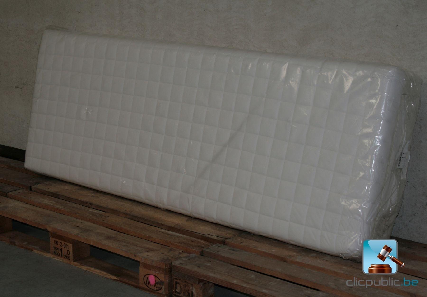 matelas une personne 10 vendre sur. Black Bedroom Furniture Sets. Home Design Ideas