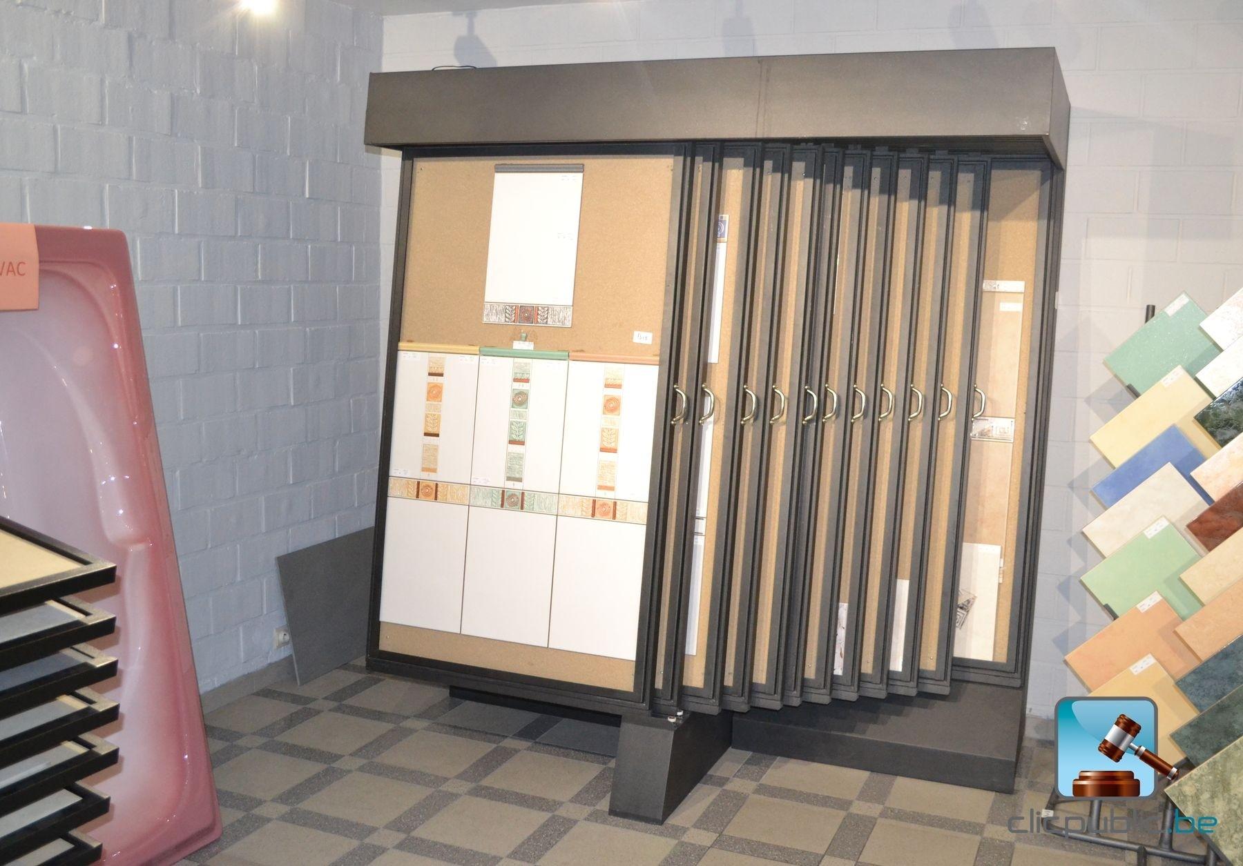 pr sentoir 50 vendre sur. Black Bedroom Furniture Sets. Home Design Ideas