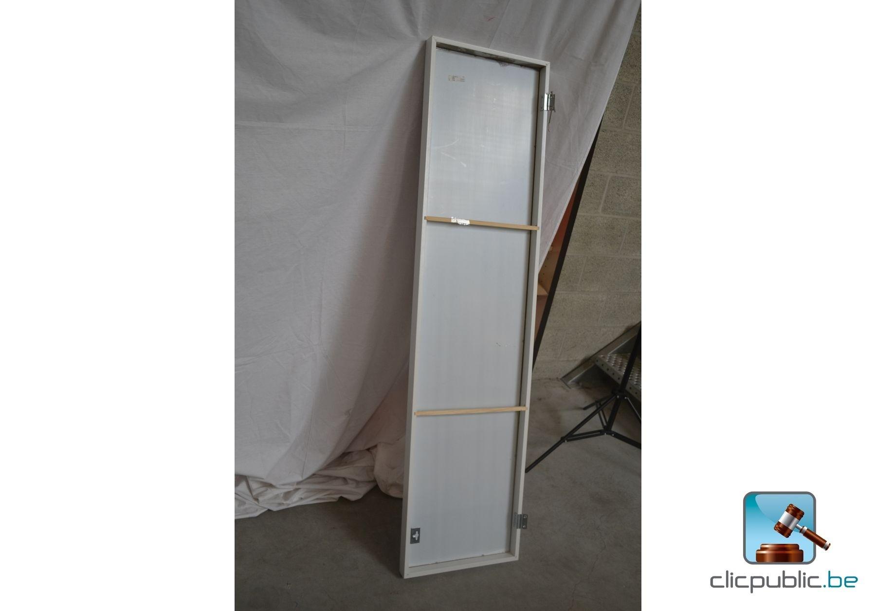 Vente de miroir en ligne maison design - Miroir a coller ikea ...