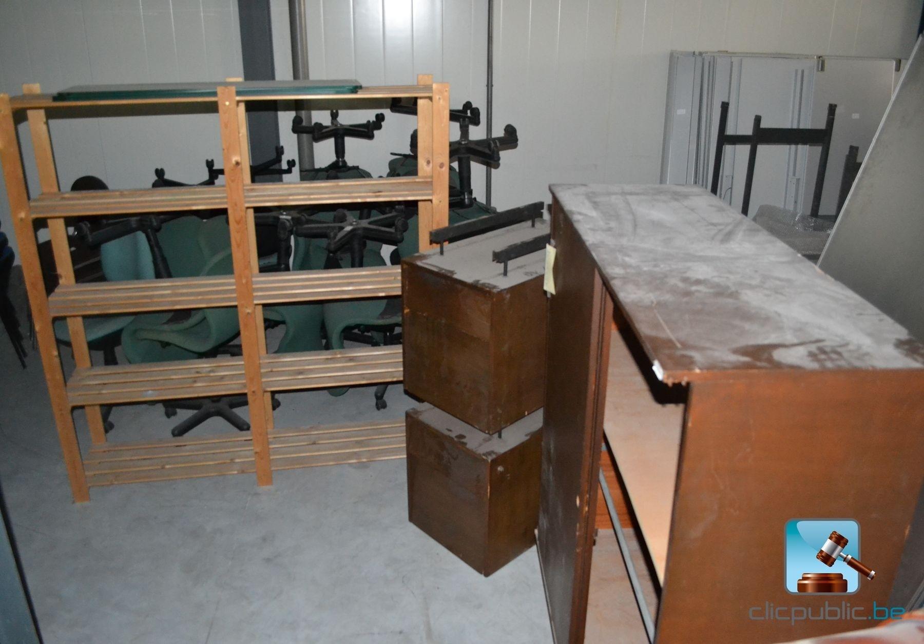 mobilier de bureau lot 2 vendre sur. Black Bedroom Furniture Sets. Home Design Ideas