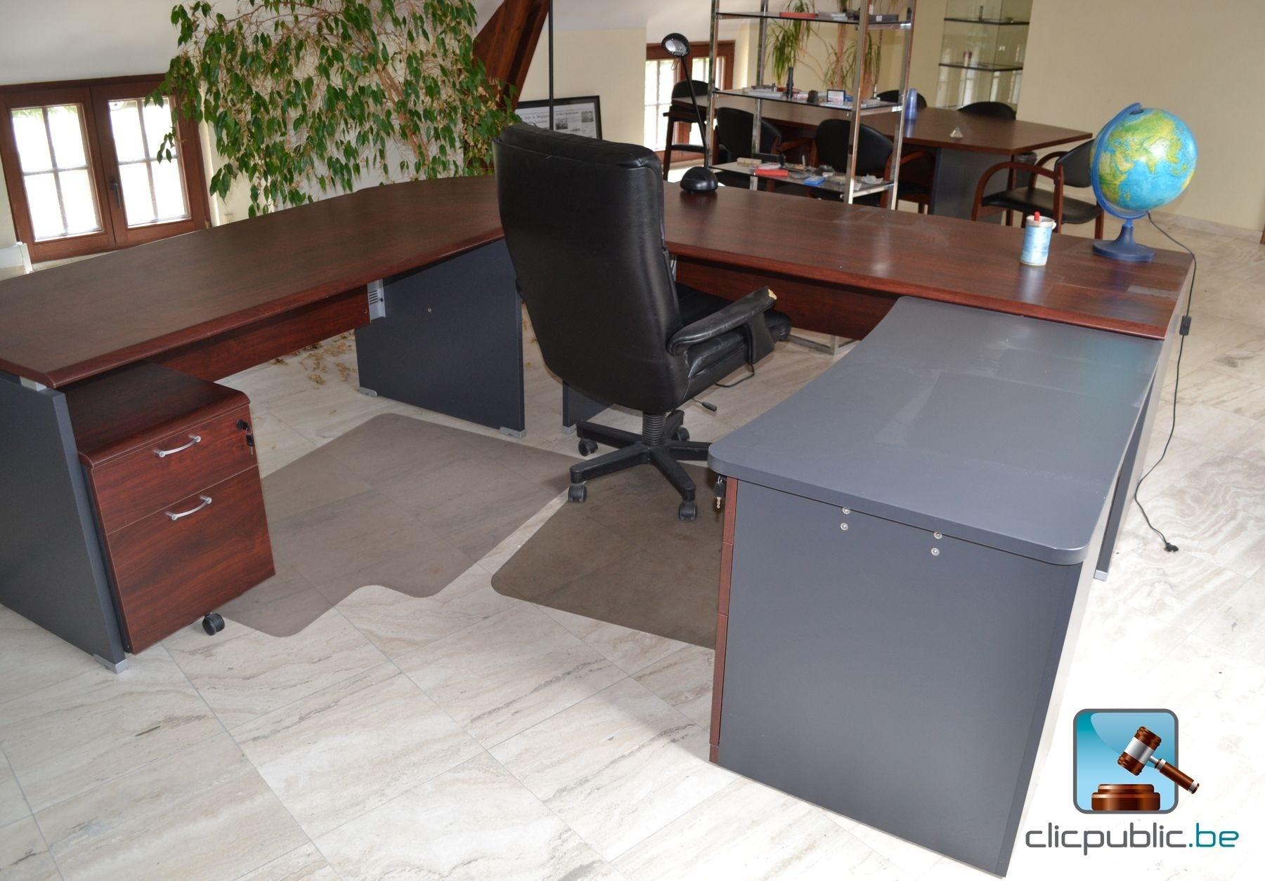 Mobilier de bureau lot 8 vendre sur for Mobilier bureau 44
