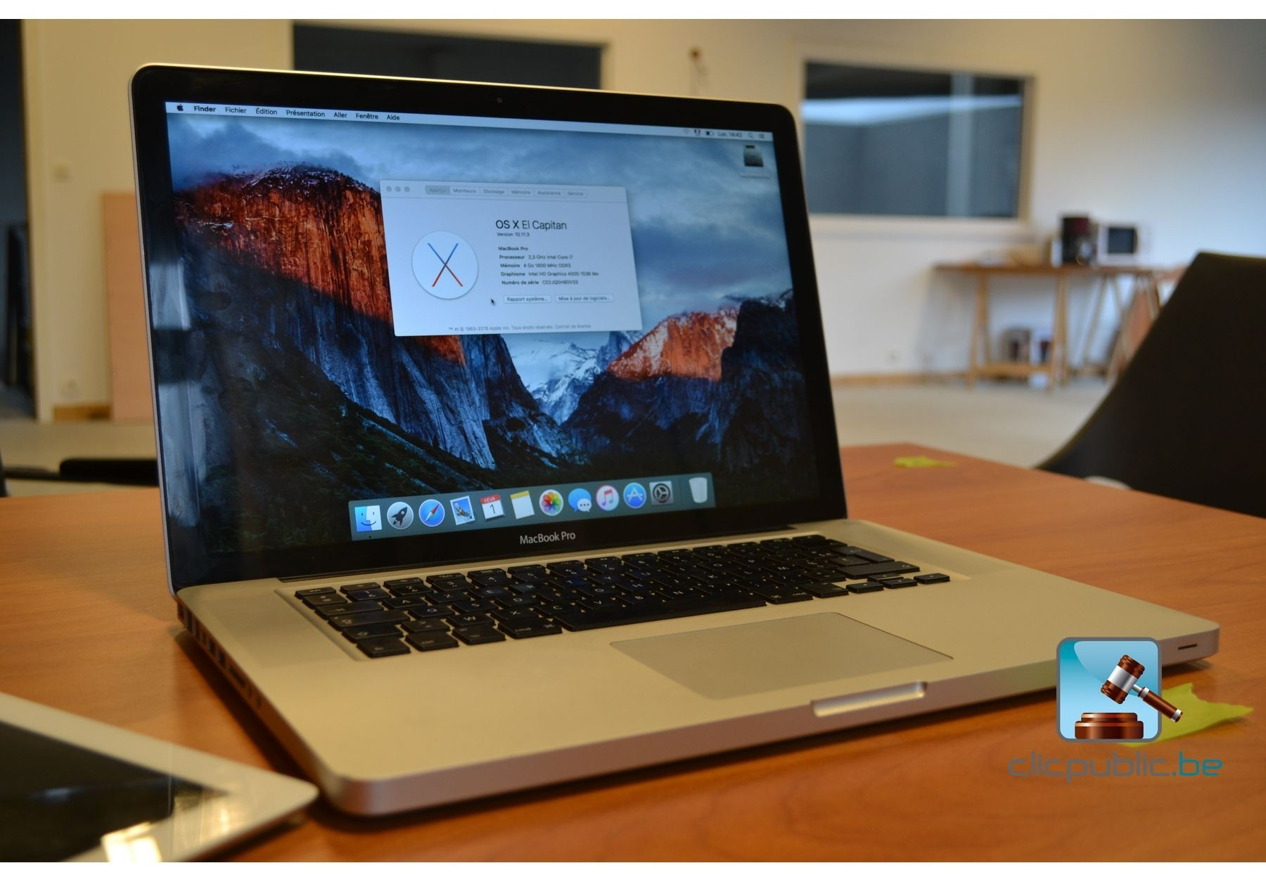 ordinateur portable apple macbook pro ref 5 vendre. Black Bedroom Furniture Sets. Home Design Ideas