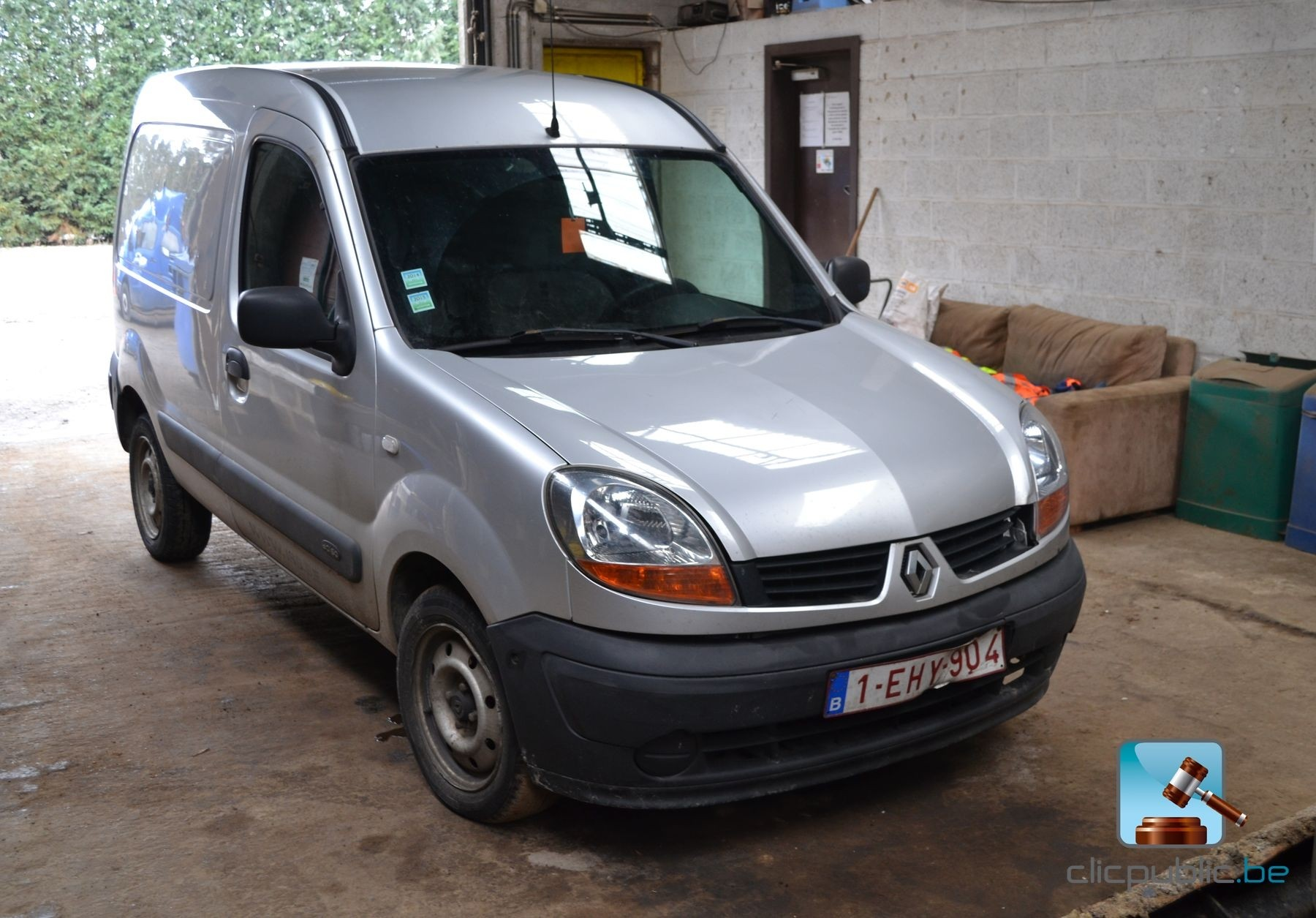 utilitaire renault kangoo dci 60 2006 vendre sur. Black Bedroom Furniture Sets. Home Design Ideas